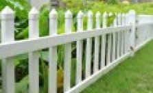 Pool Fencing Picket fencing Kwikfynd